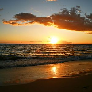 Sunset on the Beach in Maui-4