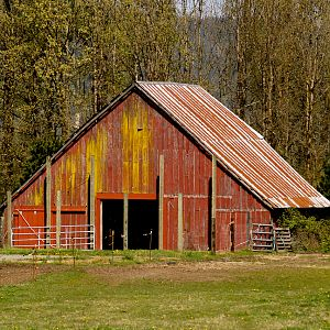 Oakville_Red_Barn