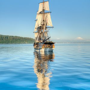 Lady Washington on Commencement Bay