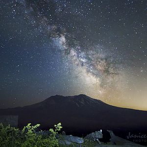 Mount Saint Helens and the Milky Way.